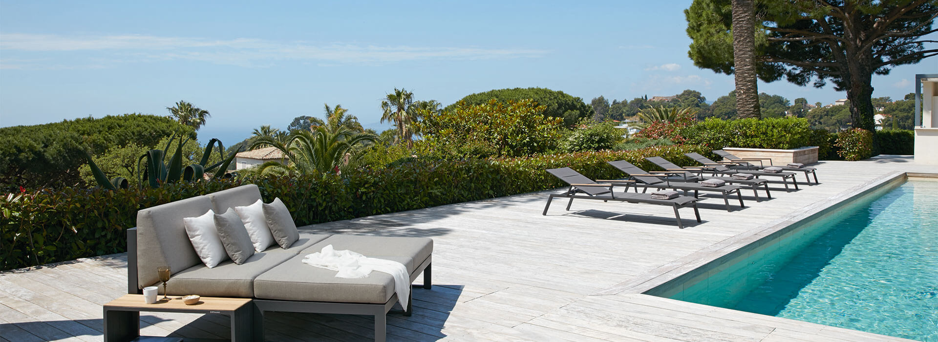 Landscape-Teak Collection Seating and Sun Loungers